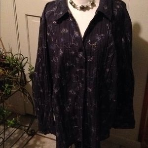 Catherine's dark blue buttoned top 3X